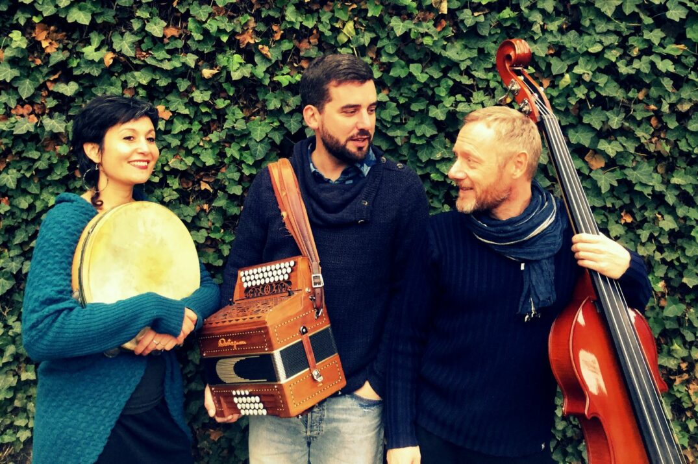 Nisia Trio